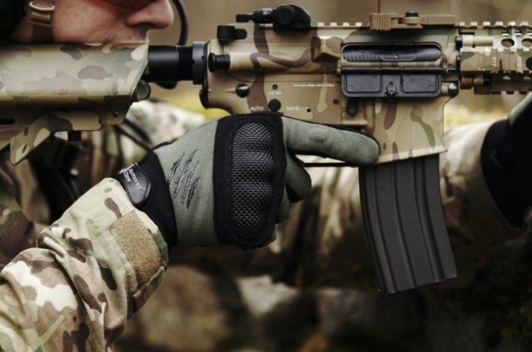 tactical gloves for military and competition